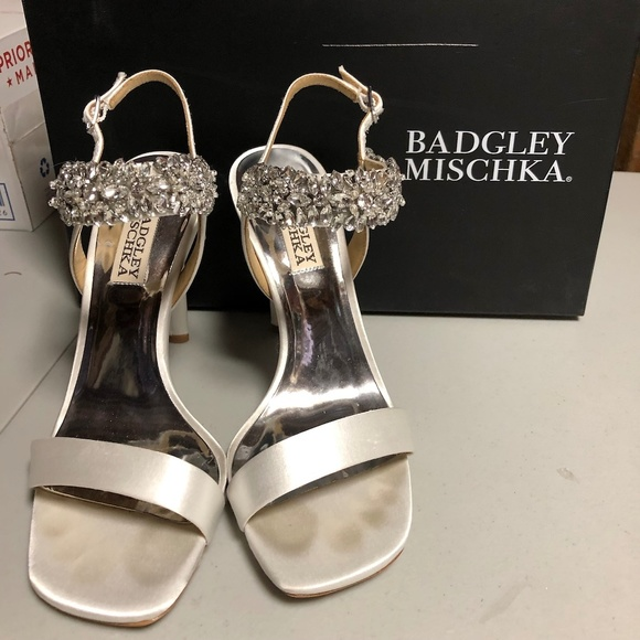 Badgley Mischka Womens Lilly